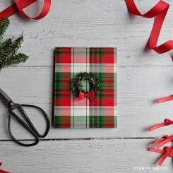 Buoy_Holiday_Wreath_00