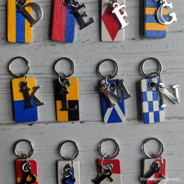 Buoy_Nautical_Flag_Keychain_03