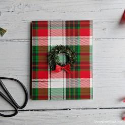 Buoy_Holiday_Wreath_01